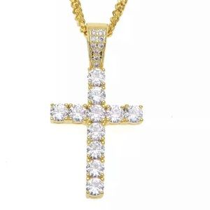 New 18 k yellow gold necklace and pendant